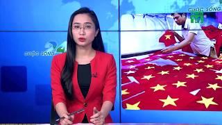 VTC14 | Thức trắng đêm may cờ đỏ trước thềm chung kết U23 Việt Nam