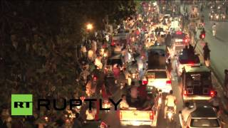 Pakistan: Thousands stand with Imran Khan at Lahore rally