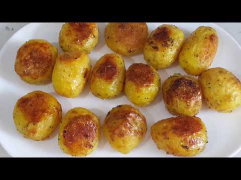 Fırında bütün patates (müthiş lezzetli ve pratik)