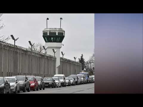 German politicians mock 'open house' Berlin p rison after nine inmates escape