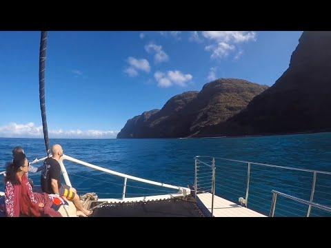 Na Pali Coast Boat Tour With Capt. Andy's In Kauai