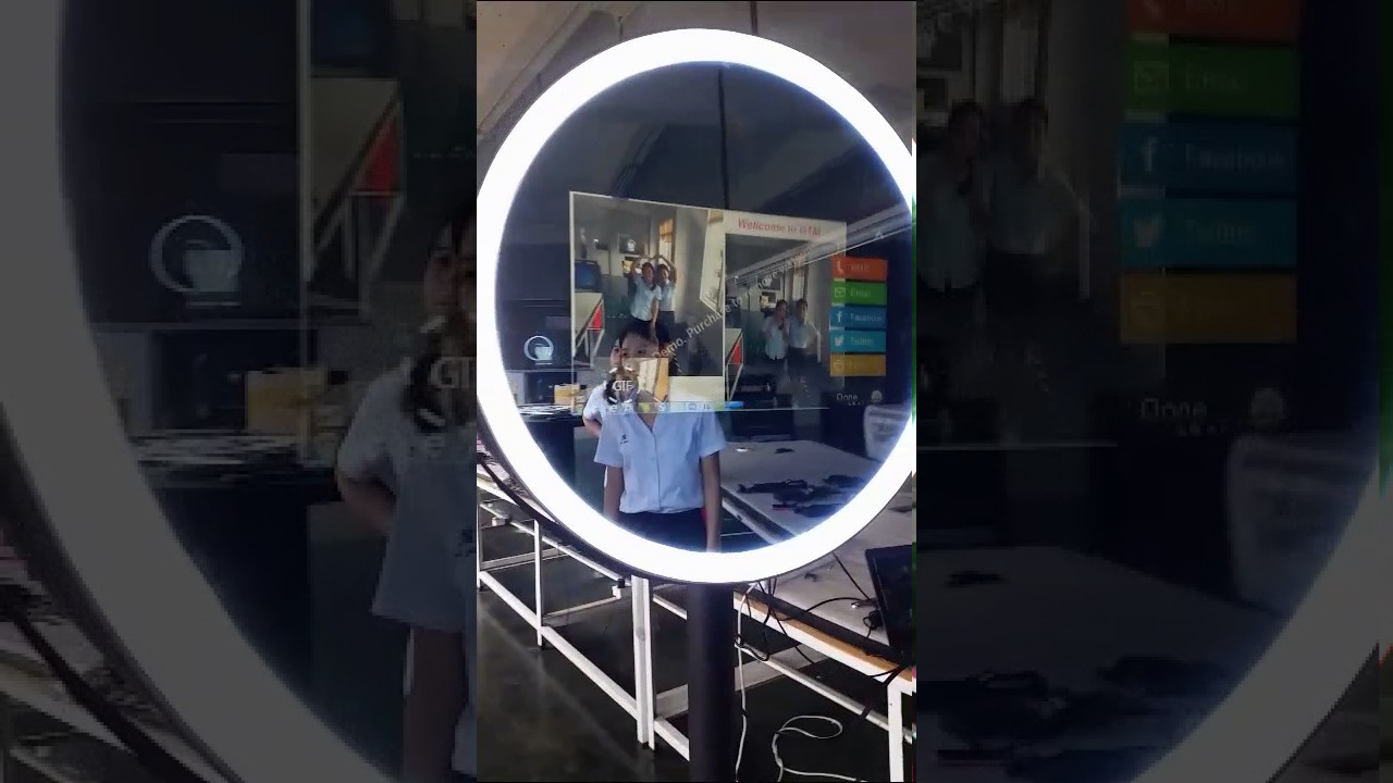 Perfect Round led ring light selfie mirror photobooth - YouTube PL28