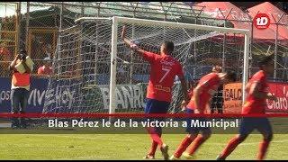 Blas Pérez le da la victoria a Municipal l Prensa Libre