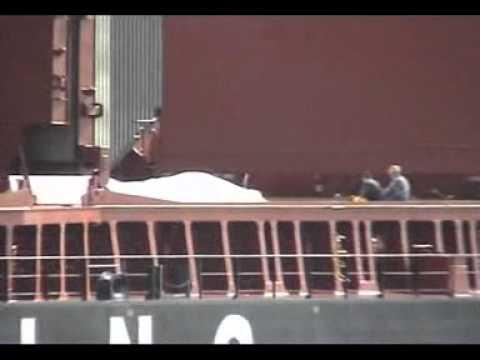 ТБТ Показная погрузка карбамида на судно 19.08.2011