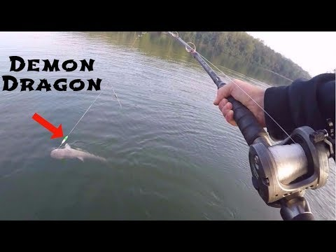 Using An IMPROVISED Bass Lure To Catch Catfish (Ft