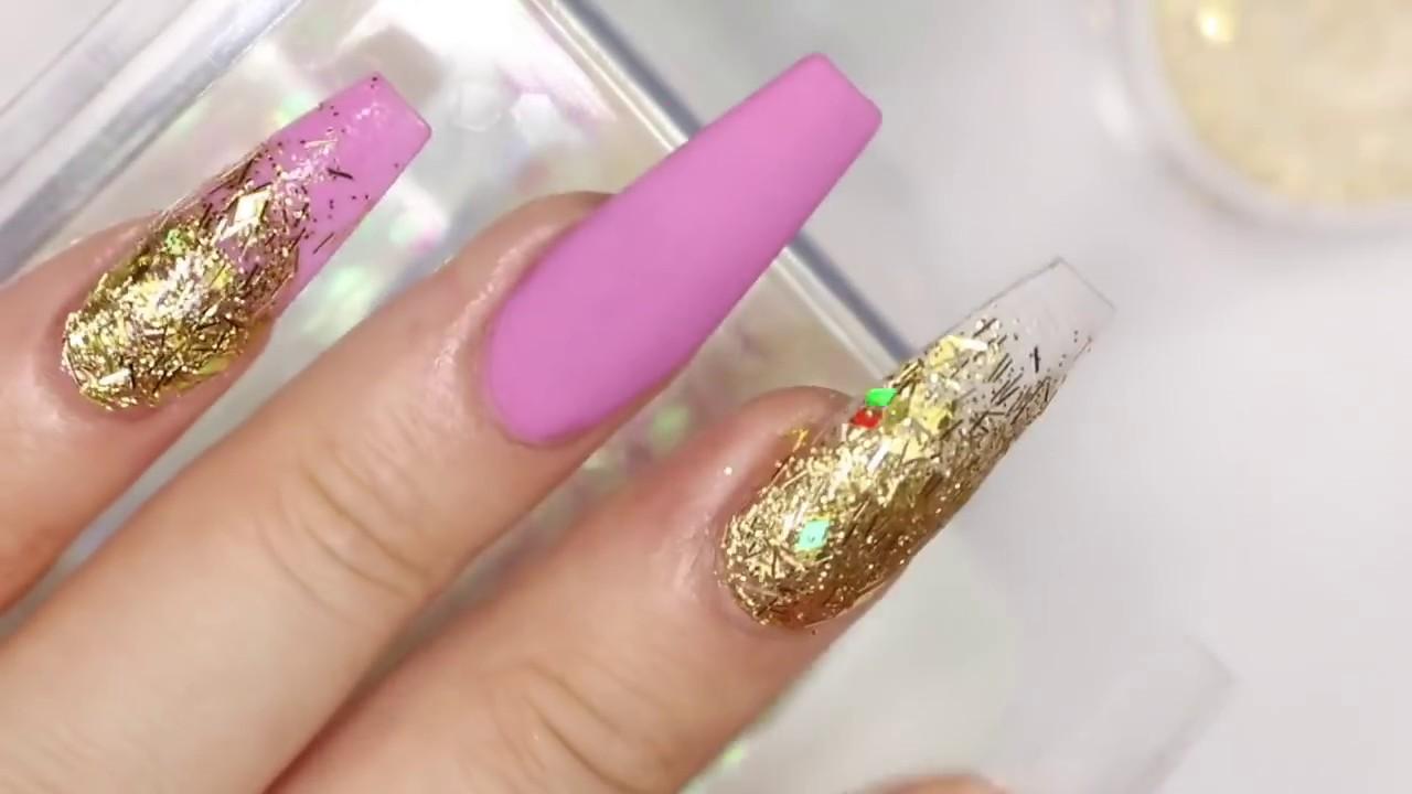 Uñas En Tonos Rosa Violeta Y Dorado 3ra Dimencion Muy Glamurosas