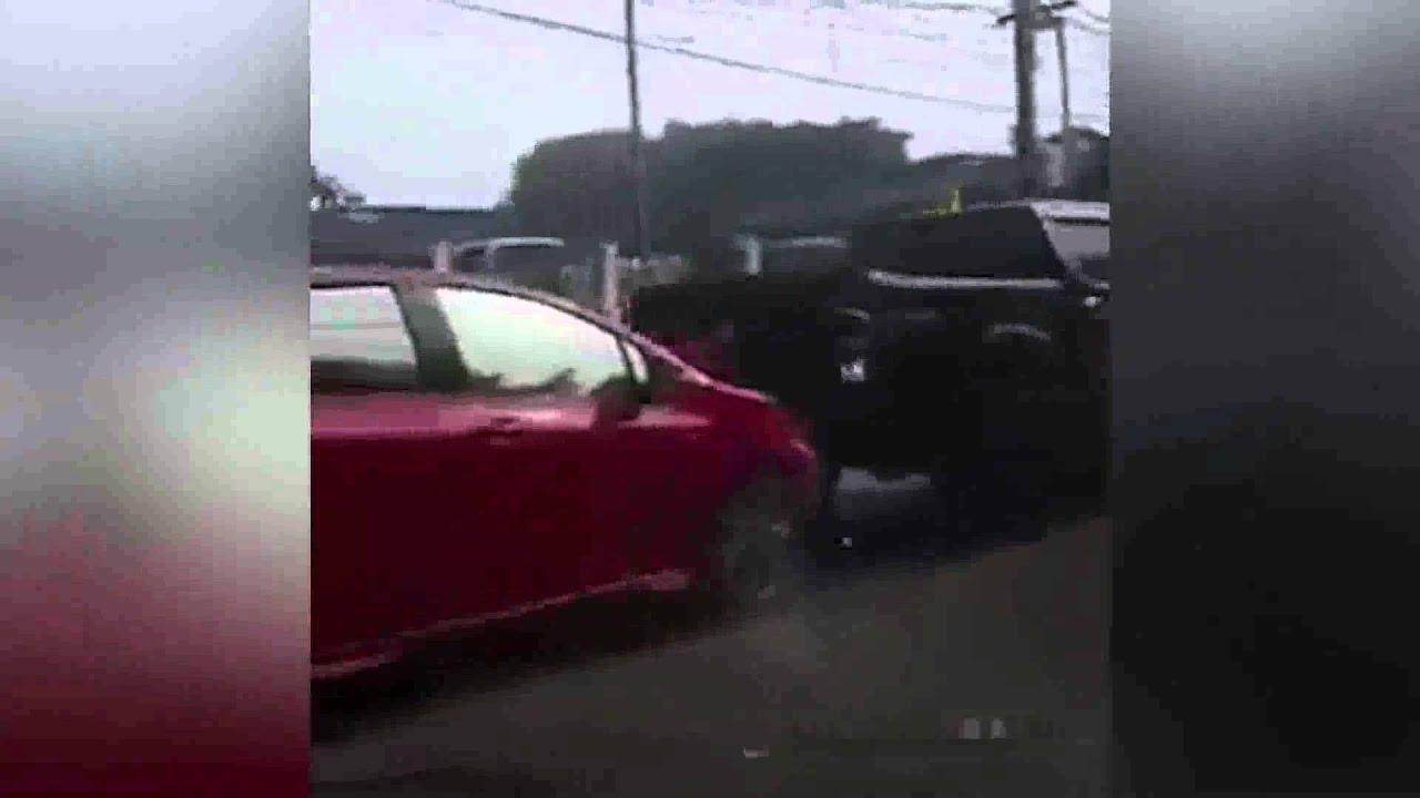 Идиот на дороге.ДТП.2016