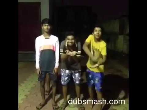 Boys Dancing on Marathi DJ Song Gadulach Pani: WhatsApp Funny Video