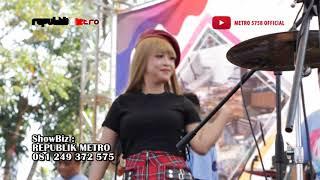 """MUNDUR ALON-ALON"" (COVER) - RINDI SAFIRA - REPUBLIK METRO LIVE IMST MADIUN"