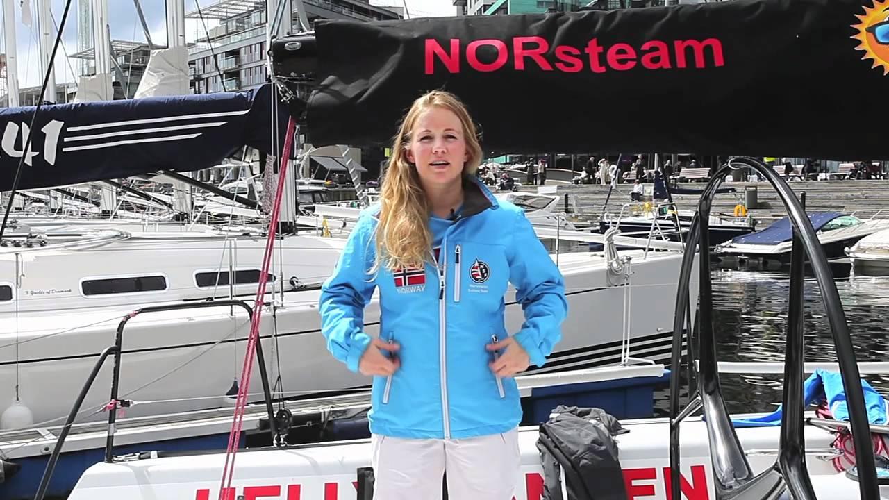 6c65a19ec11 Helly Hansen Women s Crew Midlayer jacket review by Monica Rodal ...