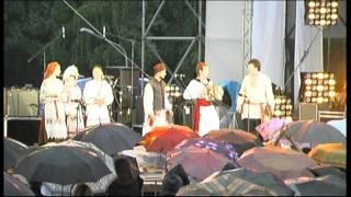 Країна Мрій 2011 (25.06.2011) Олексій Заєць співає з дівчатами