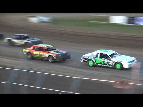 IMCA Stock Car feature Independence Motor Speedway 6/2/18
