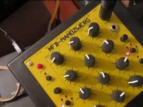 Lightmans MFB Nanozwerg Demo (Nano does all the sounds)