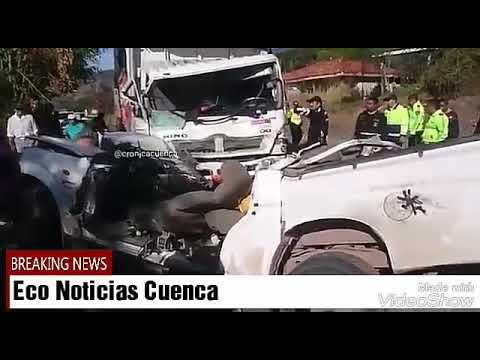 Accidente de tránsito en Azuay deja 3 muertos y 4 heridos  24/10/2017