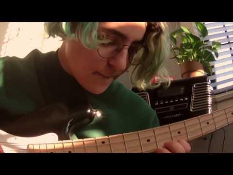 Смотреть клип Claud - Rollerblades