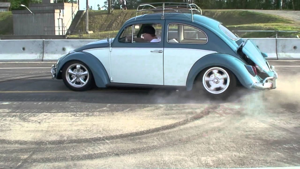 Drifting A Vw Beetle Youtube