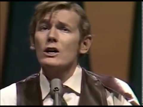 Gordon Lightfoot - Song For A Winter's Night