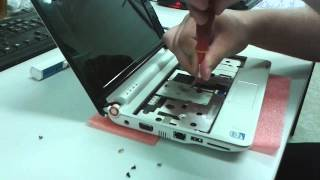 Acer Aspire One Disassembly. Upgrade RAM memory and HDD