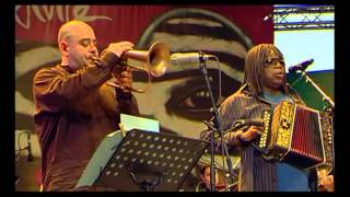 Belmondo & Milton Nascimento   Jazz à Vienne 2008 TVRip