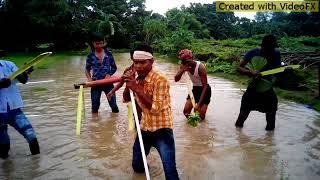Lal sari poriya moni jay re choliya funny song by Shahin Alom