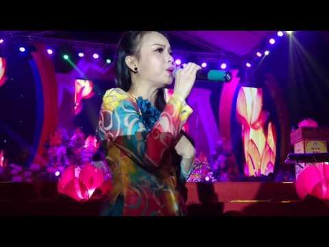 Cẩm Ly- Nỗi Buồn Mẹ Tôi [Live] tại Bắc Ninh 4/11/2016