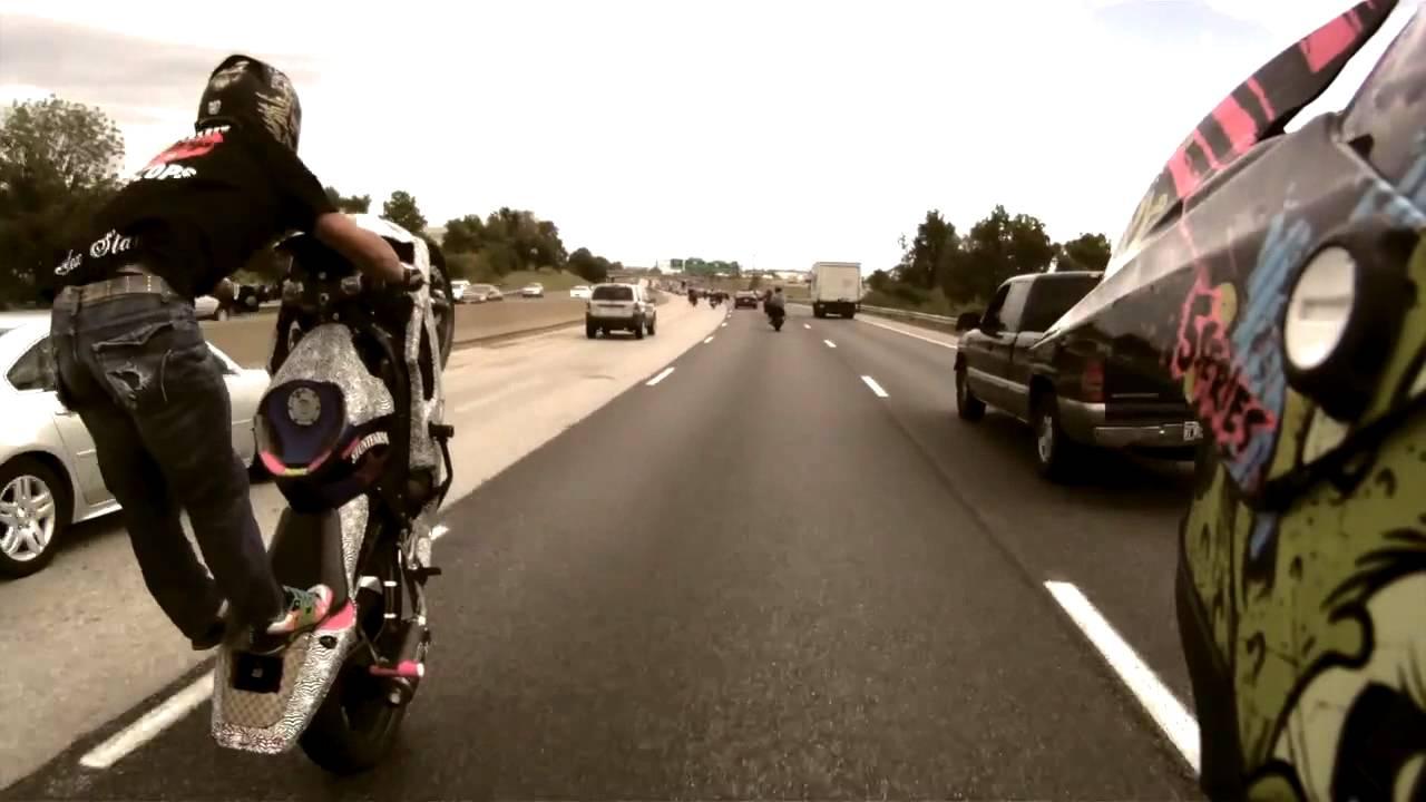 Stunt Street Bike On The Highway Hd Youtube