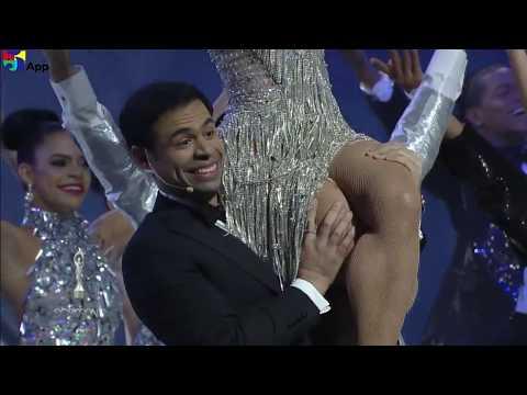 Opening Nashla Bogaert y Roberto Angel Salcedo Premios Soberano 2018