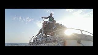 Αβέρτος - Ένα με τα χαλάσματα feat. Dj Micro (Prod.by Chiva) [Official Video]