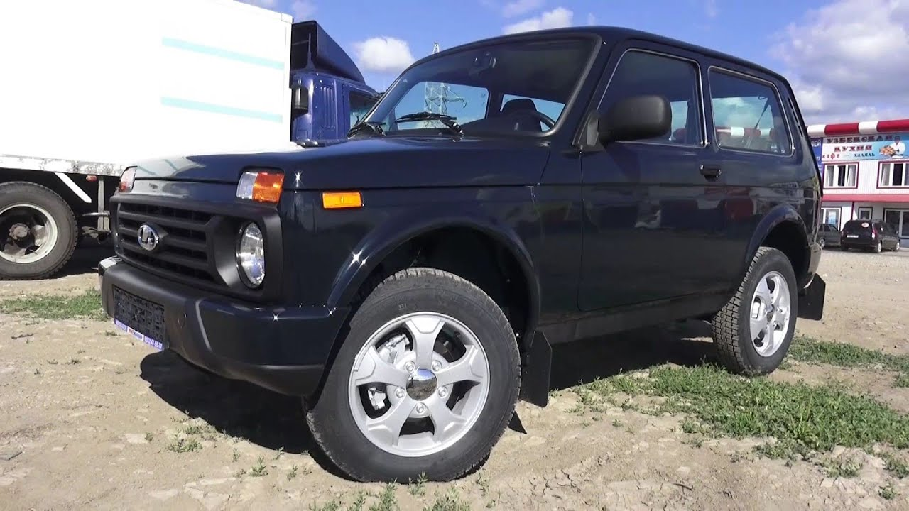 2016 Lada 4x4 Urban. Start Up, Engine, and In Depth Tour ...