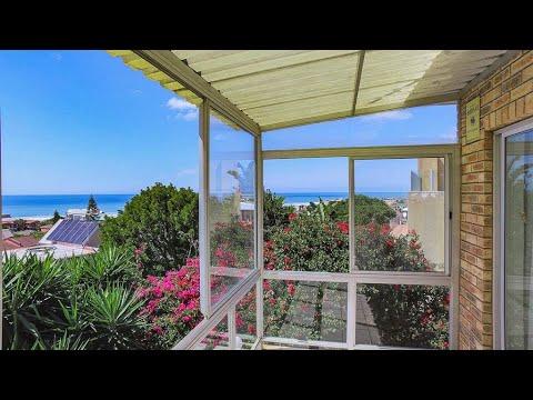 4 Bedroom Townhouse for sale in Eastern Cape   Jeffreys Bay To Tsitsikamma   Wavecrest   