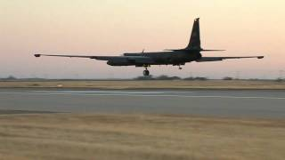 Unadulterated Jet Noise. U-2 Dragon Lady Takeoff and Landings at Sunset.