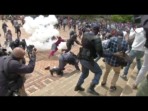 South African Police and Students Clash in Johannesburg