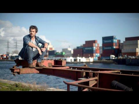 """Hélène Segara """" Il y a trop de gens qui t'aiment """" Du côté de chez Dave from YouTube · Duration:  3 minutes 47 seconds"""