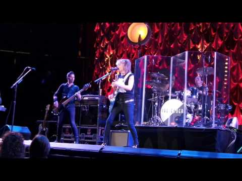 Talk of the Town LIVE The Pretenders 4-2-17 Prudential Center, Newark, NJ