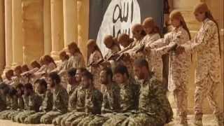Repeat youtube video Estado Islámico difunde video en el que muestra asesinato de 25 soldados sirios por Jóvenes