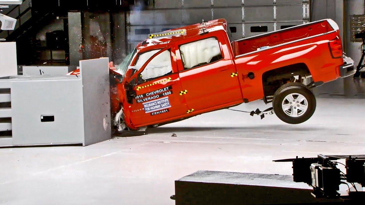 2016 Chevrolet Silverado 1500 Double Cab >> Chevrolet Silverado 1500 (2016) CRASH TEST - YouTube