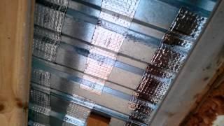 видео Шумит крыша на балконе или лоджии