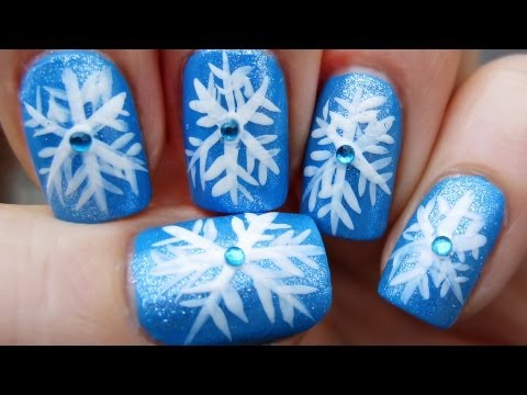 Easy snowflake nails for winter nail art tutorial youtube easy snowflake nails for winter nail art tutorial prinsesfo Image collections