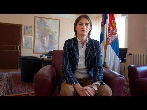 Serbia: opposizione critica la nomina della premier lesbica