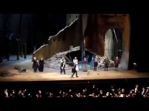 Curtain Call  Il Trovatore. MET.  10.03.15