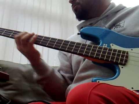 Akai 'Deep Impact' SB-1 bass synth pedal pt3