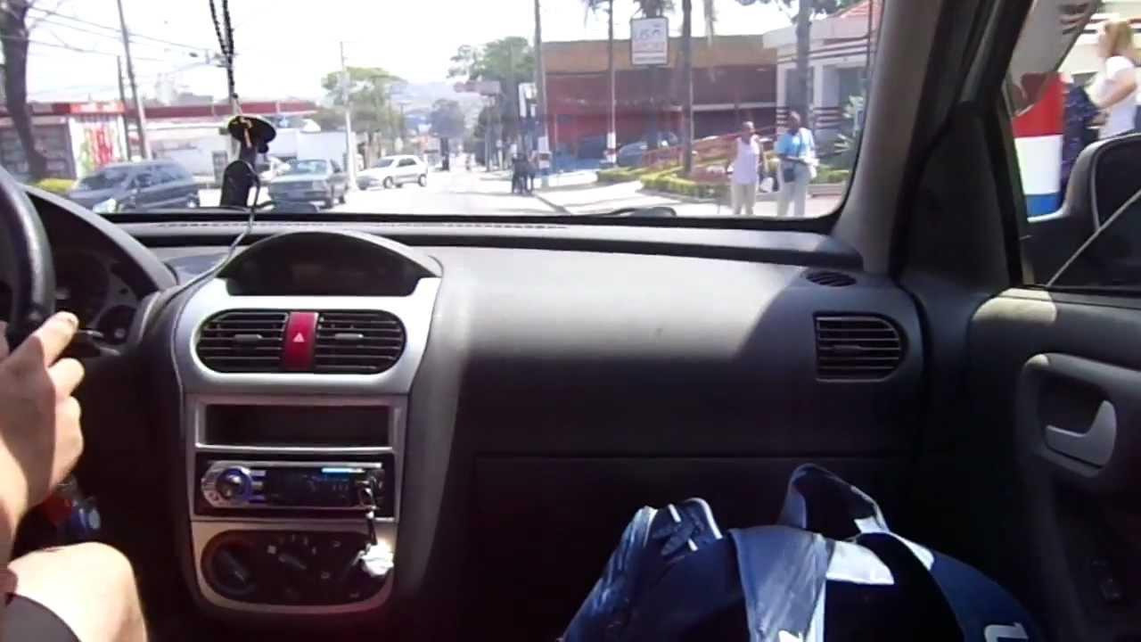 De Carona Com Drix Corsa Premium Sedan 1 4
