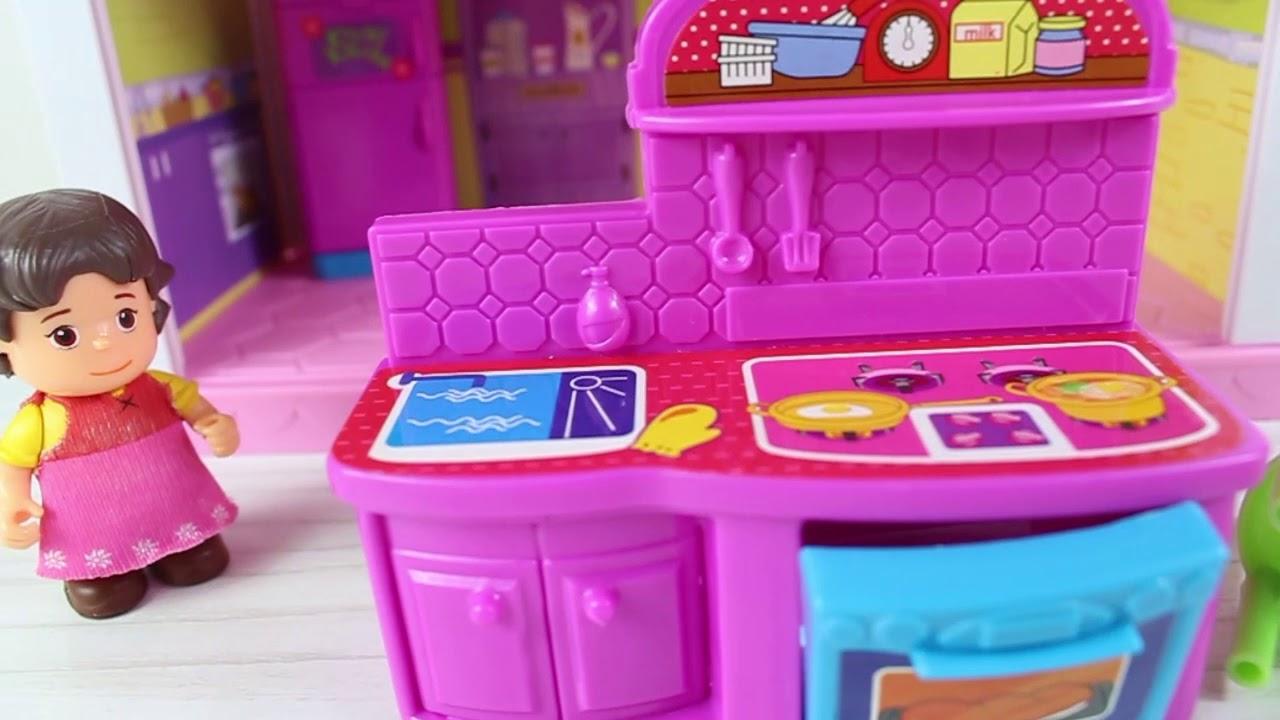 Heidinin Büyük Babası Heidiye Yeni Mutfak Seti Alıyor Çizgi Film İzle