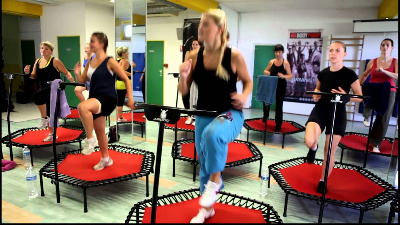 Jumping Fitness Jumping France Le Fitness Bonheur Arrive En France Youtube