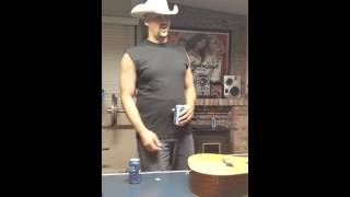 WHITE COWBOY RAPPER....MUST SEE!!! Mp3