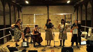 The Kitchenettes - Lonesome Moonlight Waltz/TB Blues