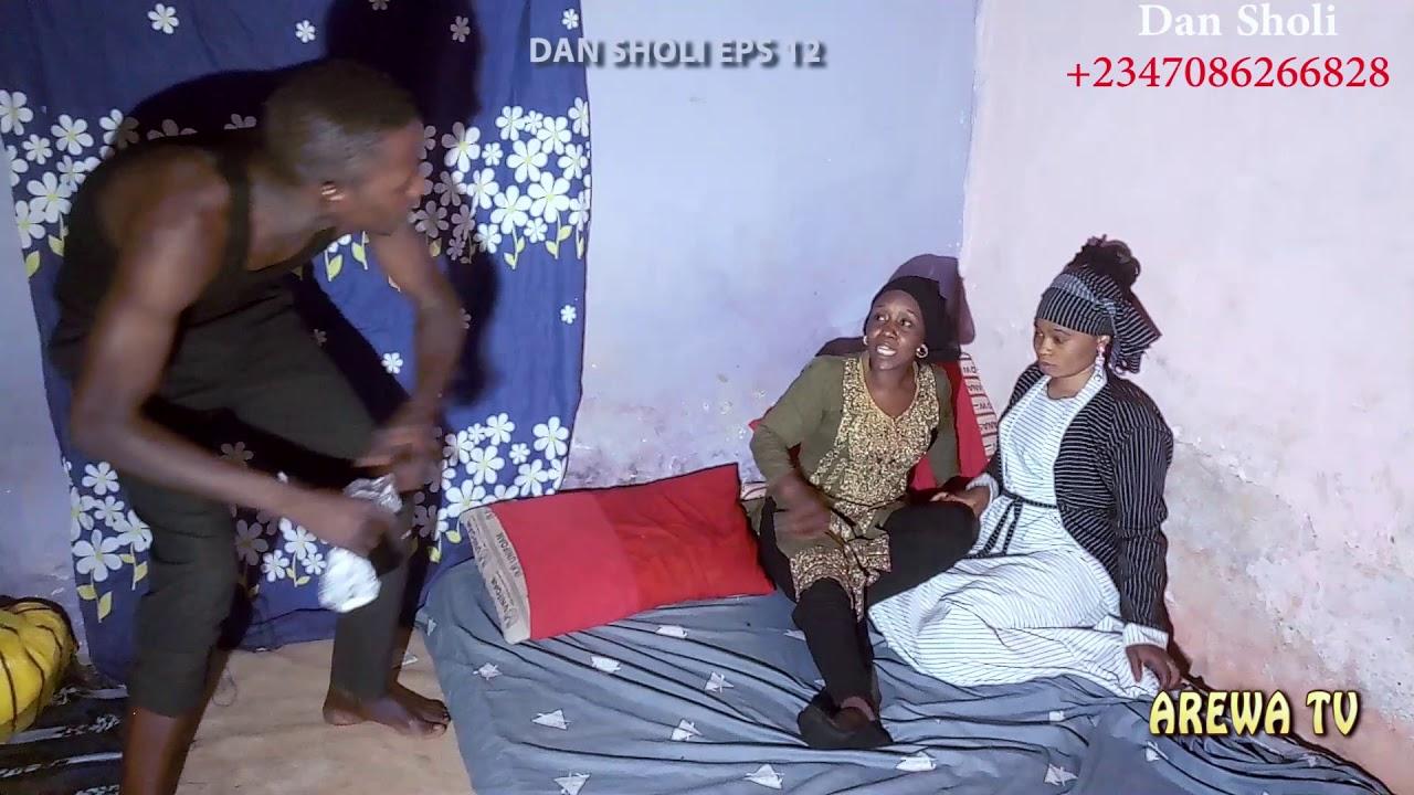 Download Dan Sholi Episode 12 bakuwa a dakin qanwarsa, ya musu zargin sata.