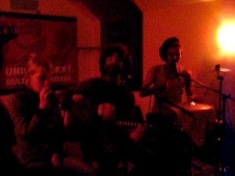 RootsKompakt (acustic reggae band) - Stop the Train