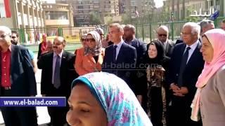 بالفيديو.. طالبات «الرسمية للغات» بالبساتين يقدمون عرض «باليه» أمام محافظ القاهرة