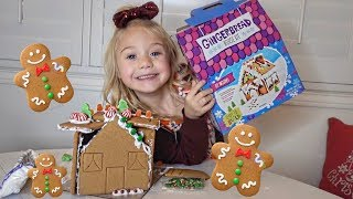 5 YEAR OLD EVERLEIGH BUILDS HER FIRST GINGERBREAD HOUSE!!!